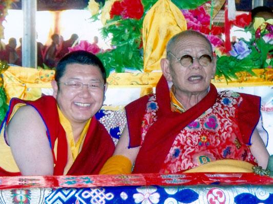 父子情深-喇嘛仁波切与普巴扎西仁波切(2008年亚青)